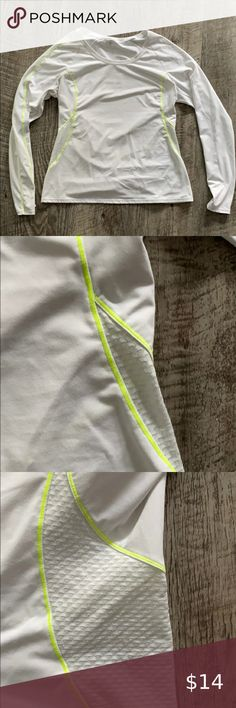 FABLETICS White Neon Green Trim Long Sleeve Top Worn just a few times.  Has thumb holes Fabletics Tops Tees - Long Sleeve