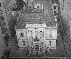 Jose Paulino's mansion, erected in by Ramos de Azevedo Vintage Photographs, Vintage Photos, American Mansions, Sao Paulo Brazil, Paulistano, History Photos, Old City, Art And Architecture, Old Houses