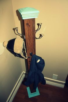 Kayla's Creations: DIY coat/purse hanger