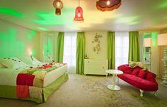 Alice In Wonderland Hotel in Paris - SweetyDesign. Home design ...