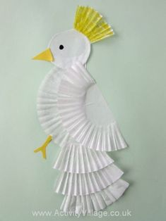 Trendy Spring Bird Crafts For Kids Simple Ideas Animal Crafts For Kids, Toddler Crafts, Diy For Kids, Christmas Tree Paper Craft, Christmas Crafts, Cupcake Liner Crafts, Diy Cupcake, Paper Cupcake, Cupcake Cases