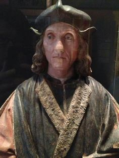 This is the bust of Henry VII based in the Victoria and Albert Museum in London. It was made by the Italian Artist Pietro Torrigiani around 1509-1511, who also made Henry VII and Elizabeth of Yorks Tomb in Westminster Abbey, London. It is based on a plaster cast from the dead king's face, and this cast was also used for his funeral effigy. Talk about life like...