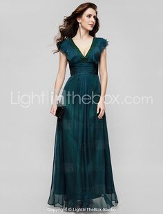 TS Couture® Formal Evening / Military Ball Dress - Vintage Inspired / Elegant Plus Size / Petite A-line V-neck Floor-length Chiffon with Draping 2016 - $114.39