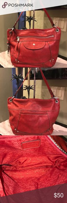 Leather Fossil Hobo Beautiful red, leather Fossil hobo with pocket on back. Beautiful bag. Fossil Bags Hobos