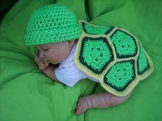 Free Newborn/Preemie Crochet Turtle Pattern 1mo halloween costume? @Linda Bruinenberg Bruinenberg Griffith