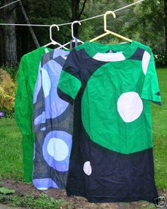 Oh! Gdnss!! what a horrible mess!! my great granny would not wear this, she also says its ugly! ~ vintage marimekko dresses