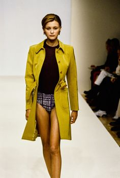 41401fa83b9d Prada Spring 1996 Ready-to-Wear Fashion Show. 90s FashionVintage ...