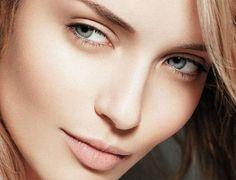 Rose Glitter Eye Makeup Looks For Blue Eyes Beauty Secrets, Beauty Hacks, Beauty Tips, Beauty Photos, Tight Stomach, Le Management, Glitter Eye Makeup, Beauty Portrait, Beauty Products
