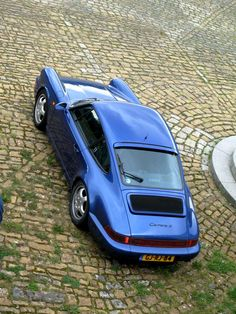 50 years of Porsche, BEA-utiful color!