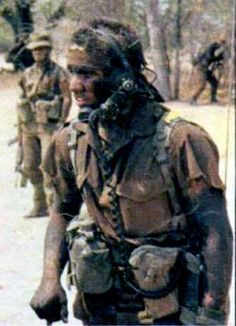 When we were feared and others came to learn from us. South African troop ready for whatever the others could give Once Were Warriors, Army Day, Vietnam War Photos, Out Of Africa, Troops, Soldiers, Photo Essay, African History, Special Forces