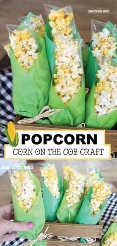 Popcorn Corn on the Cob craft is a fun way to serve popcorn to the kids! It's also a creative and fun way to get kids involved in making crafts that make great snacks! Try making this popcorn corn on thee cob snack and craft today! Popcorn Crafts, Popcorn Snacks, Popcorn Bags, Popcorn Recipes, Halloween Food Kids, Halloween Crafts, Halloween Halloween, Market Day Ideas, Fall Snacks