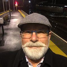 Silver Hair Men, Men With Grey Hair, Bald With Beard, Mustache Styles, Grey Beards, Sexy Beard, Sideburns, Face Hair, Hair And Beard Styles