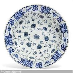 Traditional turkish Izmik pottery and tiles have plenty of carnation and tulips motives
