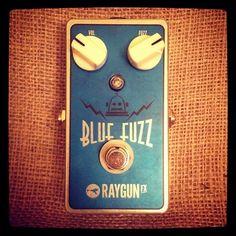 Raygun FX - Blue Fuzz - Guitar Or Bass Fuzz Distortion Fx Pedal