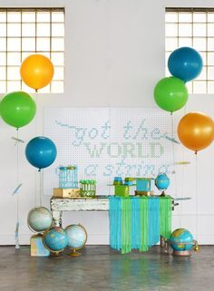 Top Party Pro: The World on a String Preschool Graduation Party