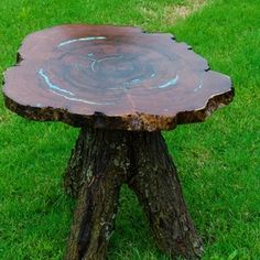 Rustic Barnwood Log Furniture - Specializing in Unique American and Hand Crafted Barnwood and Log Furniture