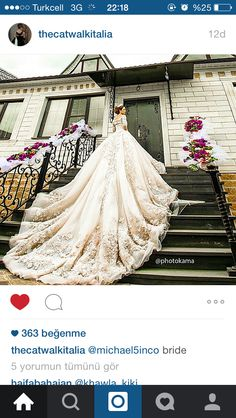 Love this #weddinggown #delicate #flower