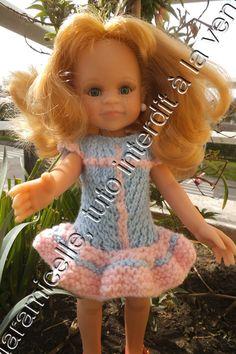 Tuto gratuit poupée paola reina : robe volantée et point V - http://laramicelle2210.overblog.com/2015/05/tuto-gratuit-poupee-paola-reina-robe-volantee-et-point-v.html