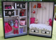 Diy baby toys fabric girls ideas for 2019 Miniature Rooms, Miniature Crafts, Barbie Furniture, Dollhouse Dolls, Dollhouse Miniatures, Doll Closet, Diy Bebe, Doll Crafts, Diy Toys