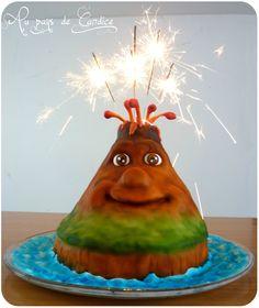 Gâteau volcan (avec un côté façon maquette) Volcano cake blogP1310820