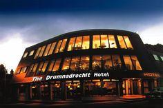 Worked here!   The Drumnadrochit Hotel is in the lovely village of Drumnadrochit.