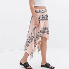 🎉HOST PICK🎉Zara skirt New with tag. Zara Skirts