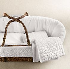 Moses Basket--- Simply gorgeous!