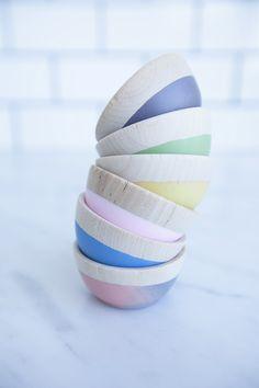 mini wooden bowls