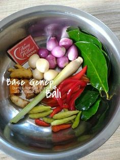 Base Genep Food N, Good Food, Food And Drink, Yummy Food, Tasty, Indian Pickle Recipe, Drumstick Recipes, Indonesian Cuisine, Homemade Sauce