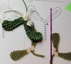 simple crochet mistletoe