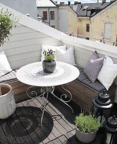 Balcony lush
