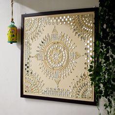 Clay Wall Art, Mirror Wall Art, Mural Wall Art, Indian Wall Art, Wall Hanging Crafts, Clay Art Projects, Dot Art Painting, Driftwood Crafts, Plate Art