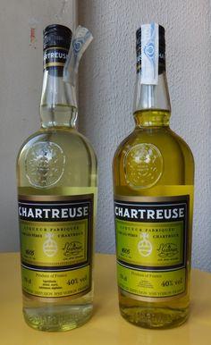 Deux bouteilles de Jaune mais pas de la même couleur