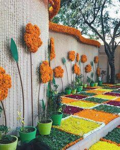 Diy Diwali Decorations, Home Wedding Decorations, Engagement Decorations, Festival Decorations, Flower Decorations, Mehendi Decor Ideas, Mehndi Decor, Wedding Ceiling, Wedding Arches