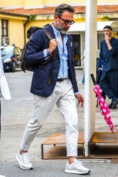 Stylish 40 Flawless Black Men Style Ideas That Looks Modern Older Mens Fashion, Stylish Mens Fashion, Men Fashion, Fashion Forms, Fashion Guide, Fashion Black, Fashion Advice, Fashion Styles, Fashion Photo