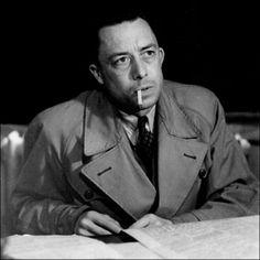 """Albert Camus // """"Il n'y a pas de honte à préférer le bonheur."""""""