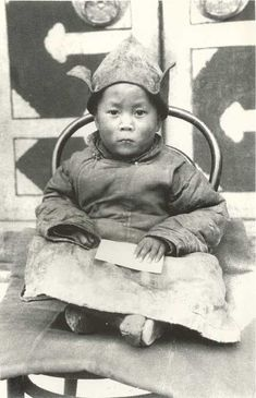 Dalai Lama, One of the Pictures of a Baby Touched by the Hands of God ❤