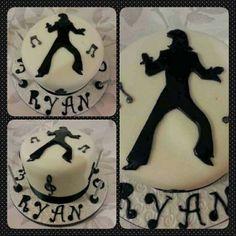 elvis presley silouhettes templates for cakes   Black and White Elvis Presley Silhouette Cake !! Elvis Presley's Birthday, 9th Birthday Cake, 40th Cake, Birthday Ideas, Elvis Cakes, Elvis Presley Cake, Tennis Cake, Silhouette Cake, Retirement Cakes