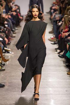 Zac Posen at New York Fashion Week Fall 2016 - Runway Photos