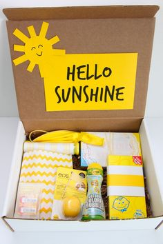 Hello Sunshine gift to cheer up a friend Birthday Gifts For Best Friend, Best Friend Gifts, Gifts For Friends, Birthday Gift For Sister, Little Sister Gifts, Big Little Gifts, Secret Sister Gifts, Box Of Sunshine, Hello Sunshine
