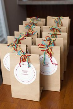 For Hudson's birthday party, in my usual fashion, I went overboard but loved the way it turned out and we all had a wonder. Birthday Treat Bags, 1st Birthday Parties, Girl Birthday, Eid Crafts, Crafts For Kids, Paper Crafts, Goodie Bags For Kids, Party Favors For Kids, Paper Gift Bags