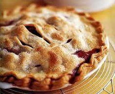 Cindy Crawford's Strawberry Rhubarb Pie   via Oprah