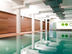 Fabulous swimming pool in the luxury boutique **** Marylebone Hotel, less than a mile from Hyde Park. Spa In The City, U Bahn Station, Spa Breaks, All Inclusive Vacations, Indoor Swimming Pools, London Hotels, Tour Operator, Cool Pools, Wimbledon