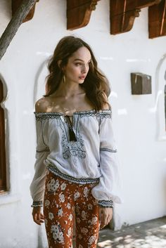 ORACLE | Spell and the Gypsy Collective Luma Grothe