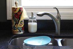 Homemade Liquid Dish Soap Recipe... love paper towels too.