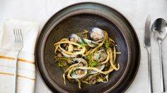 Bon Appétit Logo Restaurants + Travel    Entertaining + Style      Drinks      People     Events       Test Kitchen        Video Recipes        Search   Subscribe Give a Gift   Open menu Bon Appétit Logo     Search      Fresh Pasta with Clams and Hot Italian Sausage | Bon Appetit