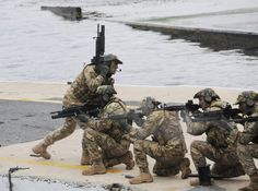 Navy Special Forces, Special Ops, Turkish Soldiers, Turkish Army, Military Life, Black Ops, Armed Forces, Underwater, Warriors