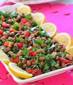 """10.8b Beğenme, 44 Yorum - Instagram'da Şükran Kaymak (@sukrankaymak): """"Salata severler çift tıklasın😍Kuru Börülce Salatası 250 gram kuru börülce * 1/2 demet maydanoz *…"""""""