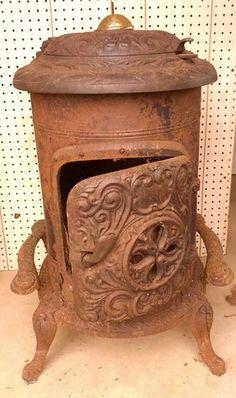 BEAUTIFUL ANTIQUE ORNATE ART NOVEAU CAST IRON WOOD BURNING HEATER STOVE