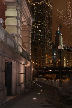 Can't wait to take an evening stroll along the Chicago River Walk.